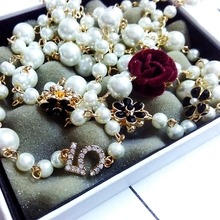2017 Women Small Fragrant Long Sweater Chain pearl Necklace&pendant golden Luxury flower  Pendant  Necklace for women