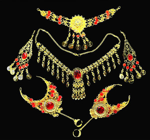 Image 2 - 2016 6 pcs/set Wholesale Indian belly dance wear belly dancing accessories necklace jewelry set for women