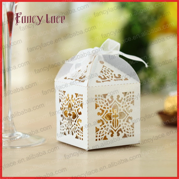 50pcs Laser Cut Cross Candy Box Customized For Gift Packing Chocolate Boxes Baby Shower Baptism Party Event Decoration Supplies