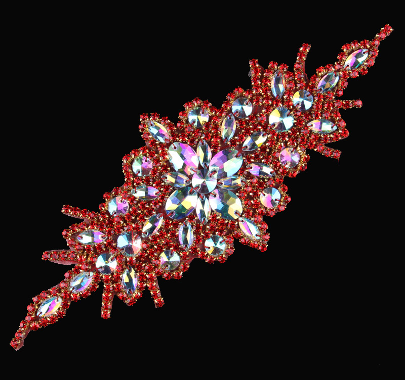 (30pcs lot)Wholesale Artidicial Beaded Red Rhinestone Appliques Patch Hot  Fix Crystal Trim f117b418da4d