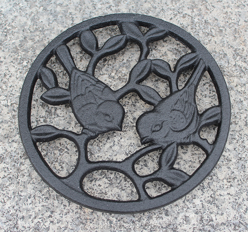 Cast Iron Trivet Best Tablemat Potholders for Kitchen or Dining Table Decor Vintage in Mats Pads from Home Garden