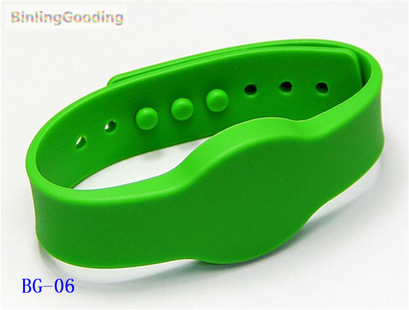 Tireless Bg-06 100pcs/lot 125khz Em4100 Tk4100 Rfid Wristband Bracelet Read Only Id Card For Swimming Pool Sauna Room Gym Relieving Heat And Sunstroke Access Control Cards