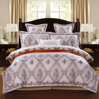 2017 Luxury Yarn dyed Embroidery royal bedding sets queen king 4/6pcs Beige duvet cover bedspread bedspread bedclothes