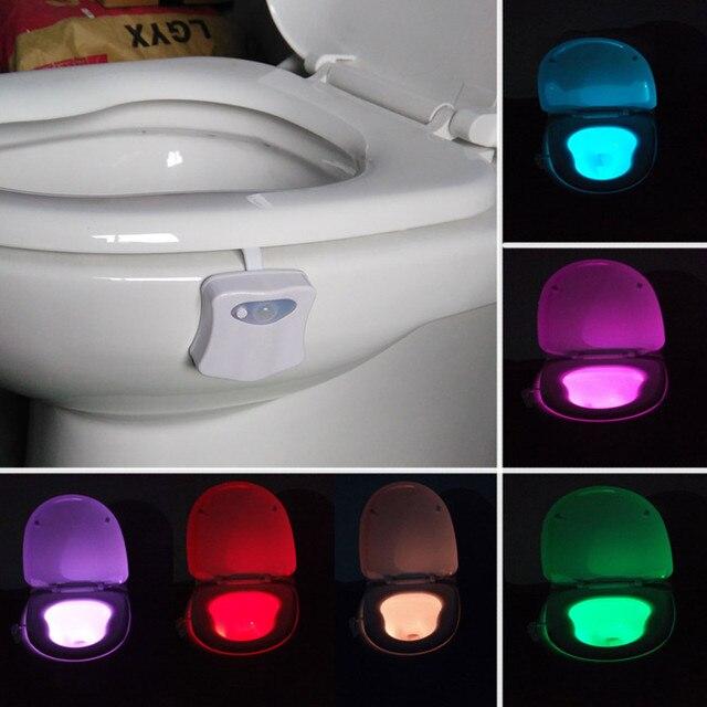 Inteligente Luz de Baño Wc Asiento Sensor Nightlight LED Cuerpo de Luz La Noche Del Sensor de Movimiento Activado Lámpara 8 Color de la Luz A Su Vez