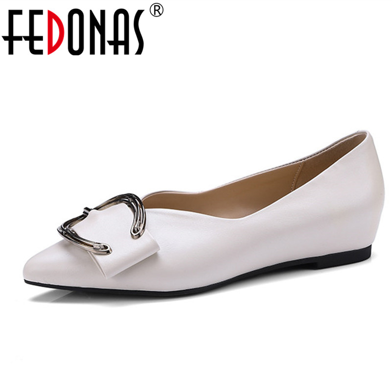 FEDONAS Shoes Woman Genuine Leather Flat Shoes Casual Loafers Slip On Women's Flats Shoes Lady Sexy Pointed Toe Comfortable Flat women flats casual shoes 2017 summer sandals pointed toe fashion shallow rivet flower flat shoes woman loafers cool comfortable