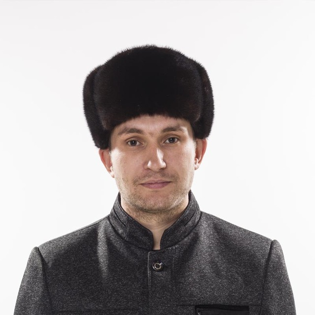 Men s Winter Hats Genuine Mink Fur Hats Fashion Warm Russian Ushanka Winter  Mink Fur Bomber Hats 3cc36b90dae