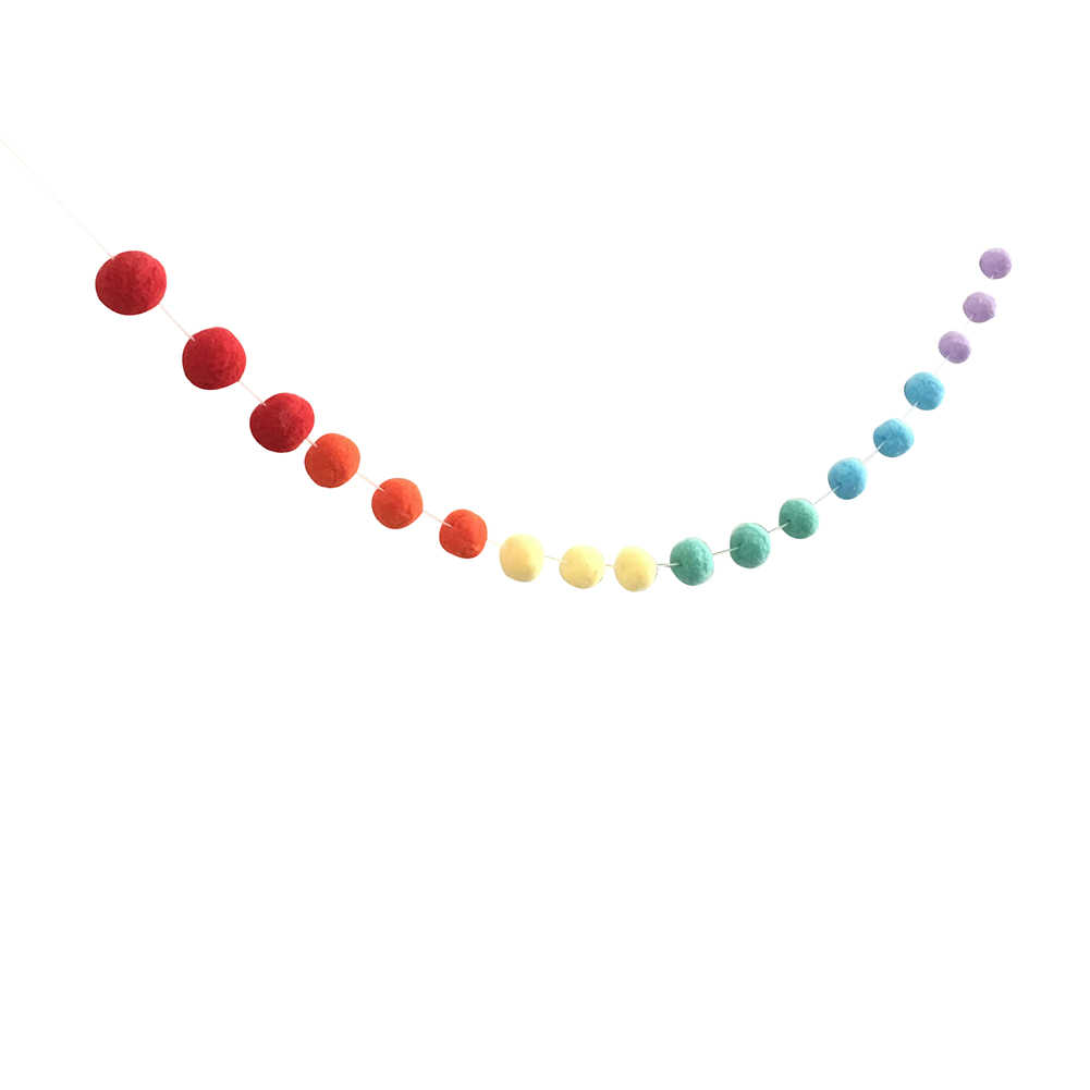 ขนสัตว์ Pom ลูก Nordic สไตล์ที่มีสีสัน Pom Ball Kids Room Wall Hanging Garland วันเกิดแขวนเครื่องประดับ Nursery Home Decor