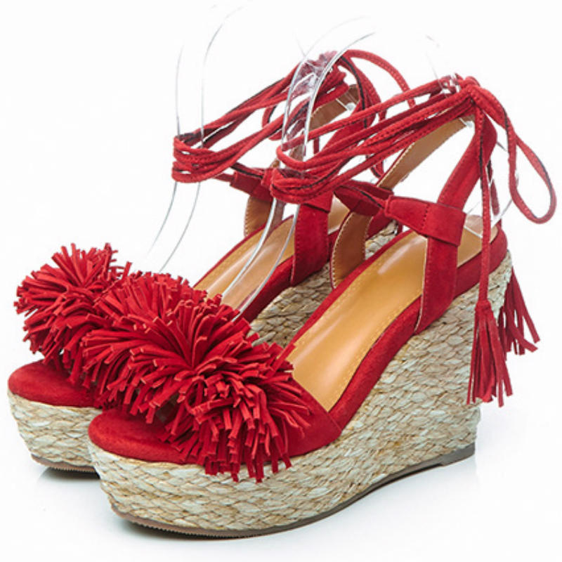 ФОТО Sweet tassels 9cm high wedges heels sandals 2017 Summer women Straw platform ankle-strap shoes ladies Real cow leather sandals