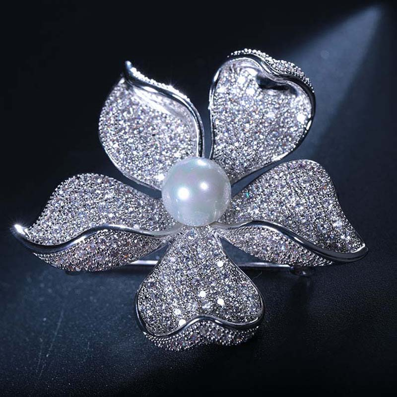 Image 4 - Red Trees High Quality Sparkly Flower Brooch For Women With Luxury Cubic Zircon And Shell Pearl Christmas Gift For Ladies-in Hair Jewelry,Brooches & Body Jewelry from Jewelry & Accessories