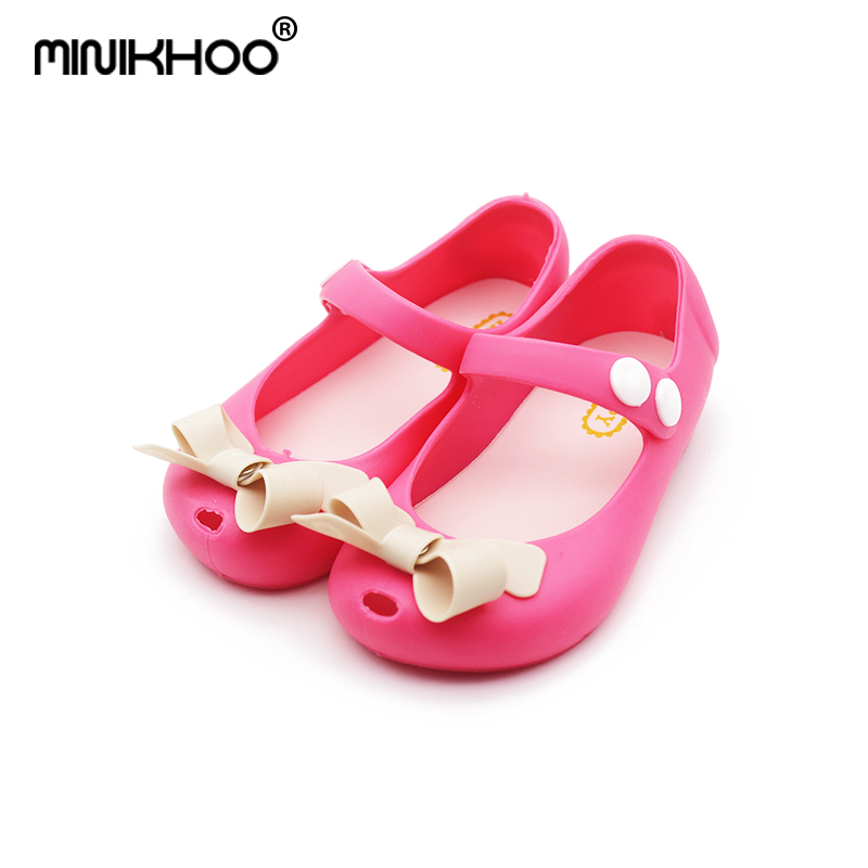 Mini Melissa Small Bow 2018 New Children Sandals Girls Jelly Sandals Girls Melissa Shoes Soft Girls Princess Shoes EUR24-29