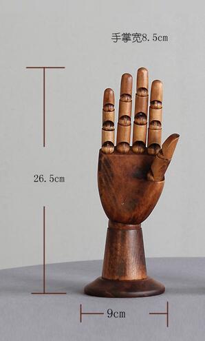 femalehand