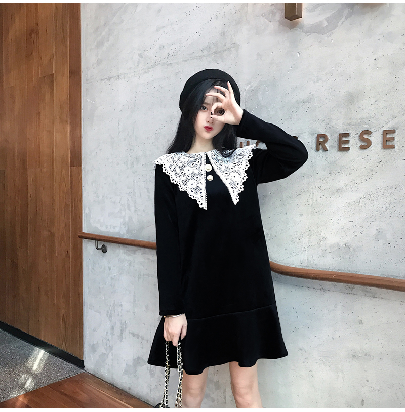 Gothic Style Women Velvet Dresses Black Velour Dress White Crochet Lace Collar Vestidos Mujer Loose Fitting Dress Plus Size (2)