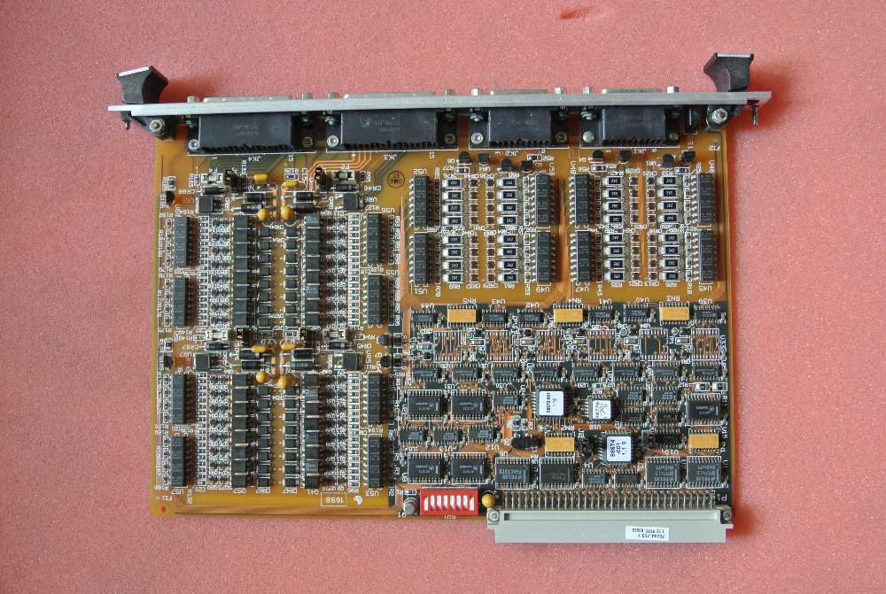 Used In Good Condition 70244-703   With Free Shipping DHL used in good condition ka20c 750w with free dhl