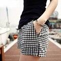 2017 Corea Del Verano Mujer Pantalones Cortos A Cuadros de Algodón Nuevo Diseño de Moda señora Casual Sueltos de Cintura Elástica Pantalones Cortos Más El Tamaño 4XL B634