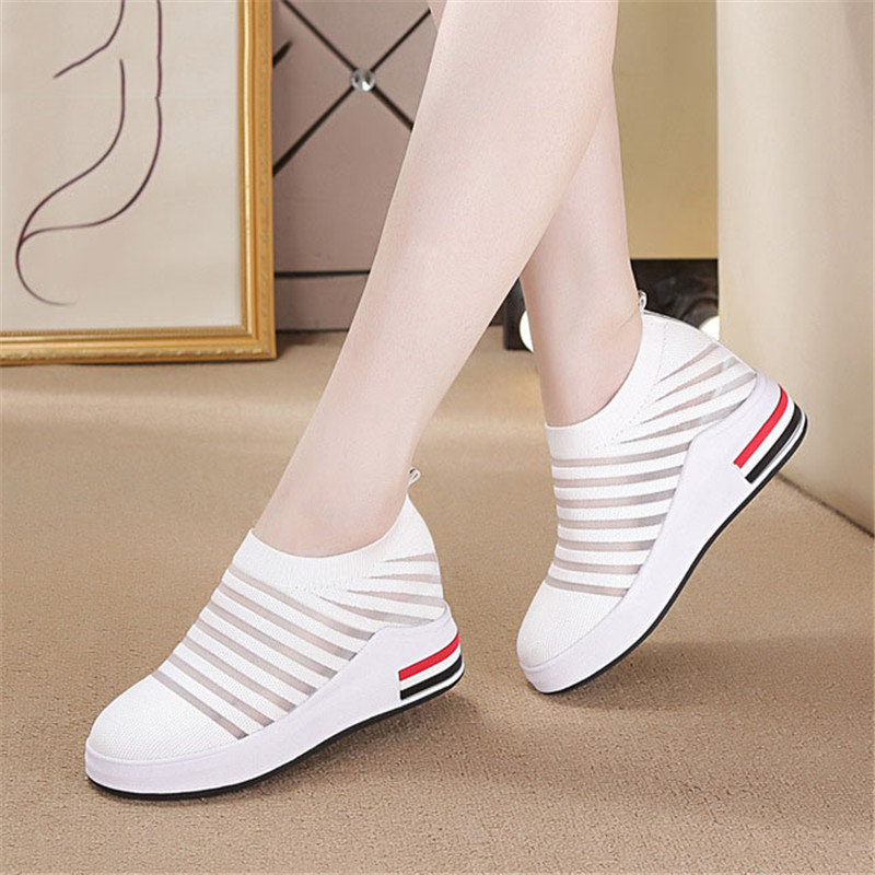 2019 Women Casual Shoes Mesh Comfortable Breathable Outdoor Stretch Socks Sneakers Flat Woman Light Lac-up Non-slip Travel Shoes
