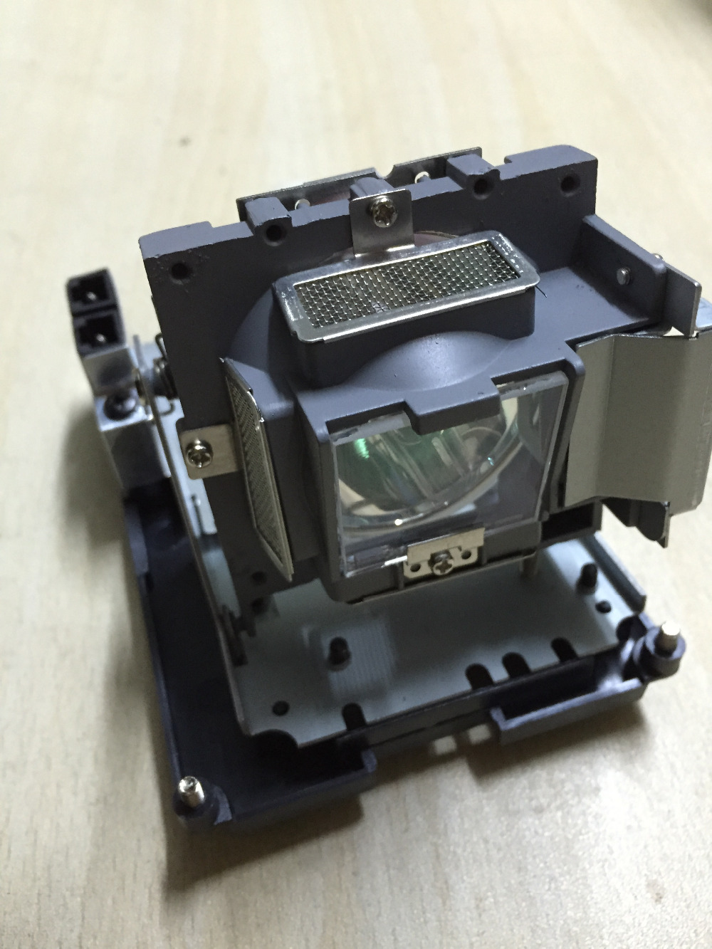Compatible projector Lamp With housing FOR 5J.J0W05.001 W1000 W1000+ W1050 p-vip 180/0.8 E20.8 rlc 072 p vip 180 0 8 e20 8 original projector lamp with housing for pjd5233 pjd5353 pjd5523w