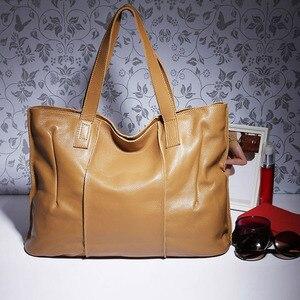 Image 4 - Zency 100% натуральная кожа сумка большая Вместительная женская сумка через плечо ретро сумка тоут Кошелек Высокое качество вместительные коричневые сумки для покупок