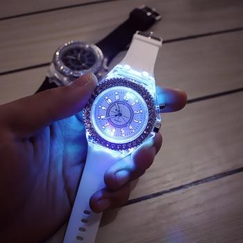 цена на Fashion Girl Gift Simple Backlight Crystal Quartz LED Wrist Watch Women Watch Jewelry