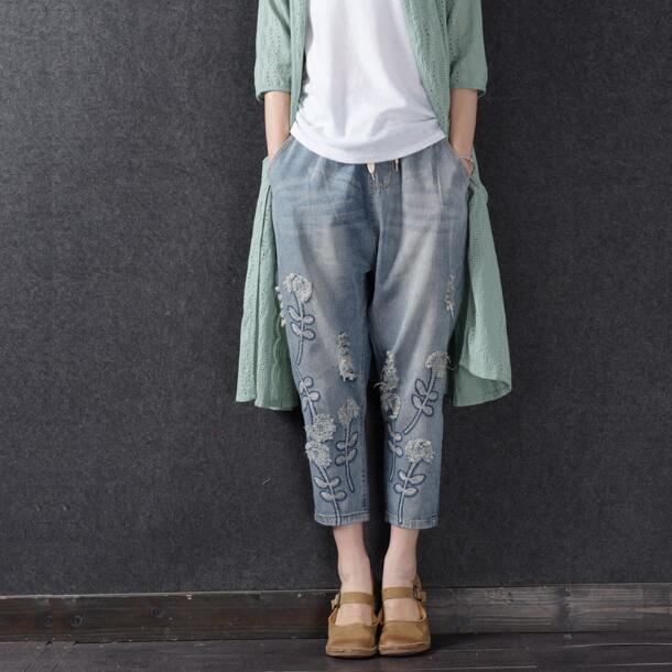 2018 Denim   Jeans   Plus Size Women Street Fashion Embroidered Boyfriend   jeans   woman Harem Baggy Pants Casual 3d Floral