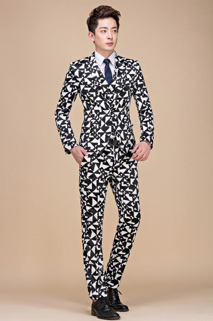 5a2dd5cd6d553 PYJTRL 2018 New Men Plus Size 5XL Fashion Casual Black White Geometry Style  Suits Jacket With Pants DJ Singer Hip Hop Costume