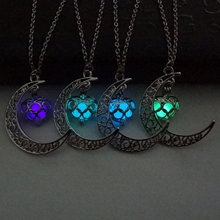 2019 Glowing In The Dark Pendant Necklaces Silver Plated Chain Necklaces Hollow Moon & Heart Choker Necklace Collares Jewelry(China)