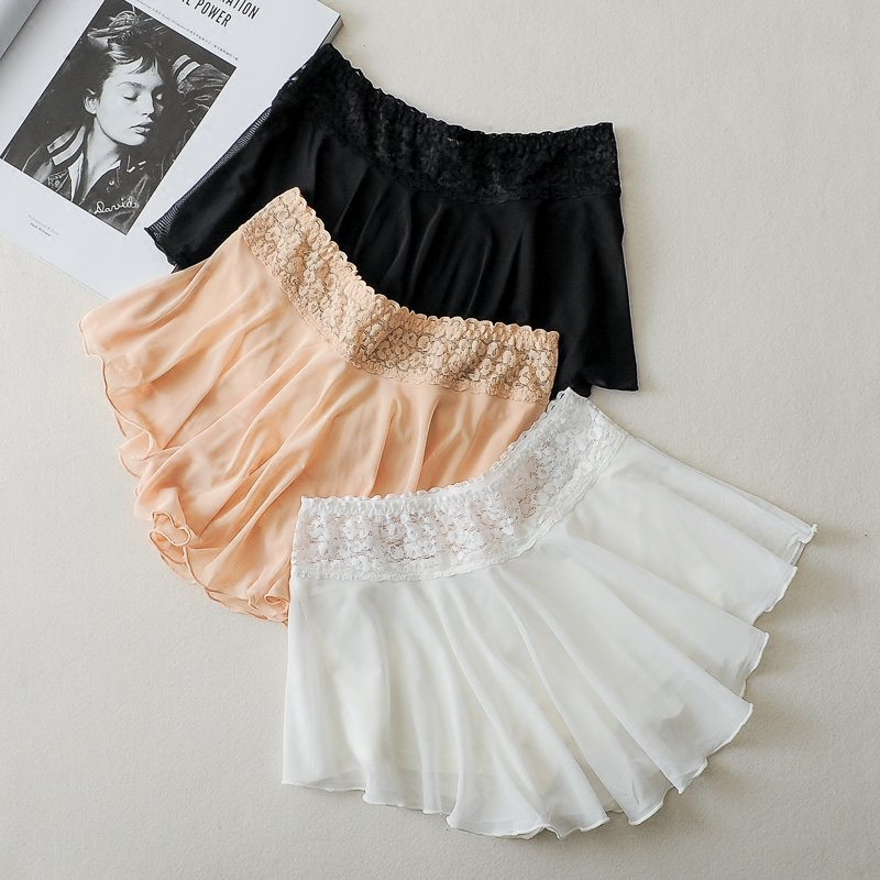 Summer White Lace Waist Shorts Ladies Double Layer Bottoming Shorts