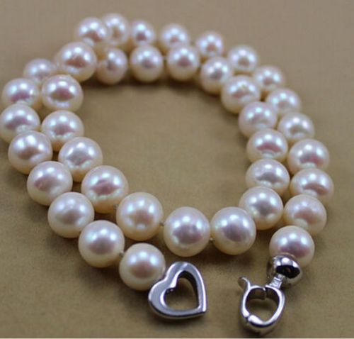 HOT RARE WHITE 12-13 MM SOUTH SEA PEARL NECKLACEHOT RARE WHITE 12-13 MM SOUTH SEA PEARL NECKLACE