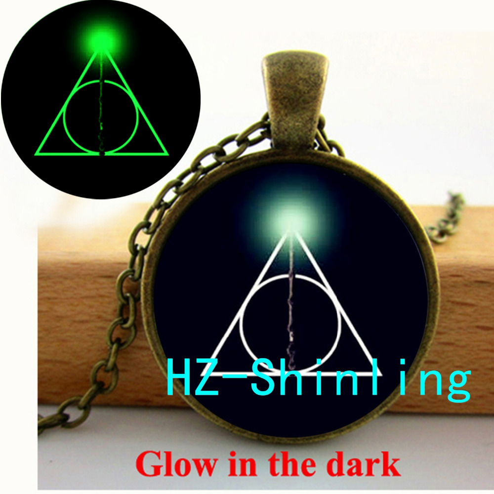 GL-00539 New Fashion Glowing Pendant HP Deathly Hallows Necklace HP Picture Glow Jewelry Glass Photo Pendant Necklace