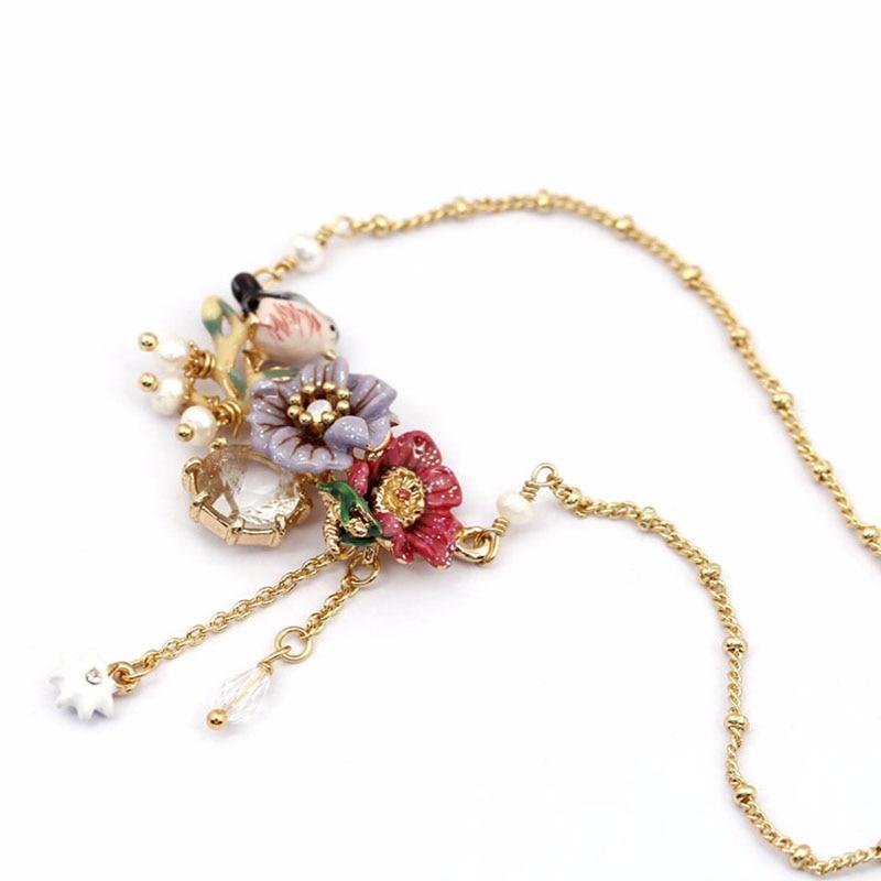 Juicy Grape hand painted enamel glaze necklace jewelry winter garden series peony flower rhinestone imitation pearl small bird rhinestone alloy honeybee glaze pendant necklace