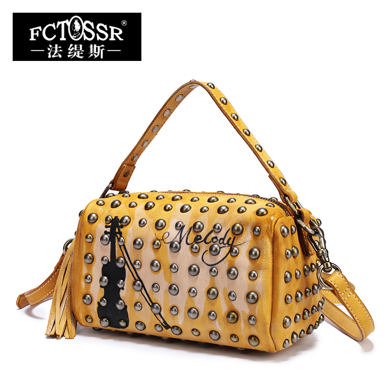 Latest Leather Bags Women Handbag 2018 Rock Style Rivet Shoulder Bag Cello Pattern Handmade Genuine Leather Crossbody Bag femalee 2018 latest style women s shoulder bags 100% genuine sheepskin leather rivet crossbody bag fashion casual waist packs