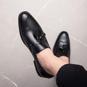 Image 4 - 男性靴のファッションでスタッズリベットローファードレス男性ブローグパーティー除草カジュアルシューズビッグサイズ 48 l4