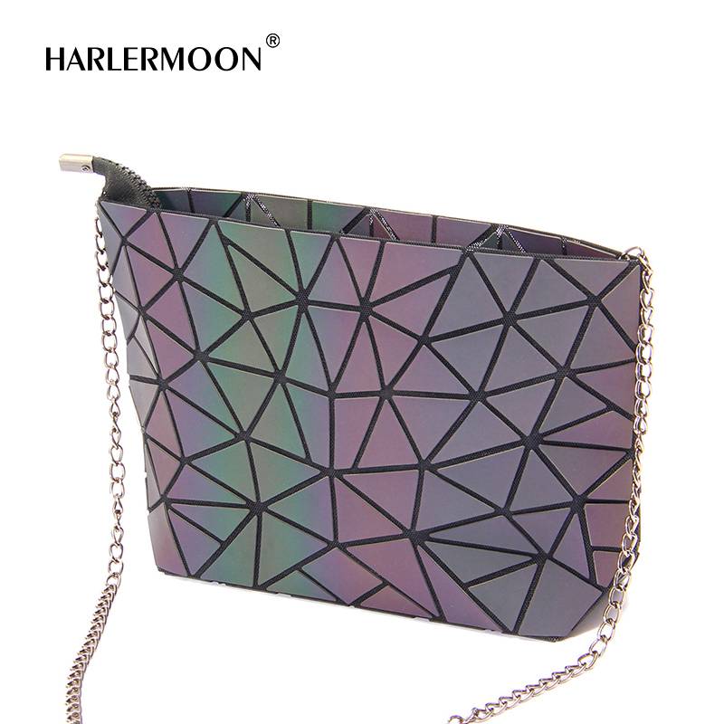 Geometric purse PU leather chain crossbody purse clutch purses for women Geometric Handbag made by High Quality PU leather Soft