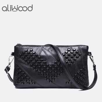 luxury women genuine leather handbags fashion rivet cow leather messenger shoulder bags bolsas feminina designer phone bag 2018 Fashion Genuine Leather Women Bag Messenger Bags Rivet Shoulder Bag Clutch High Quality Crossbody  Bags Female Purse Bolsas
