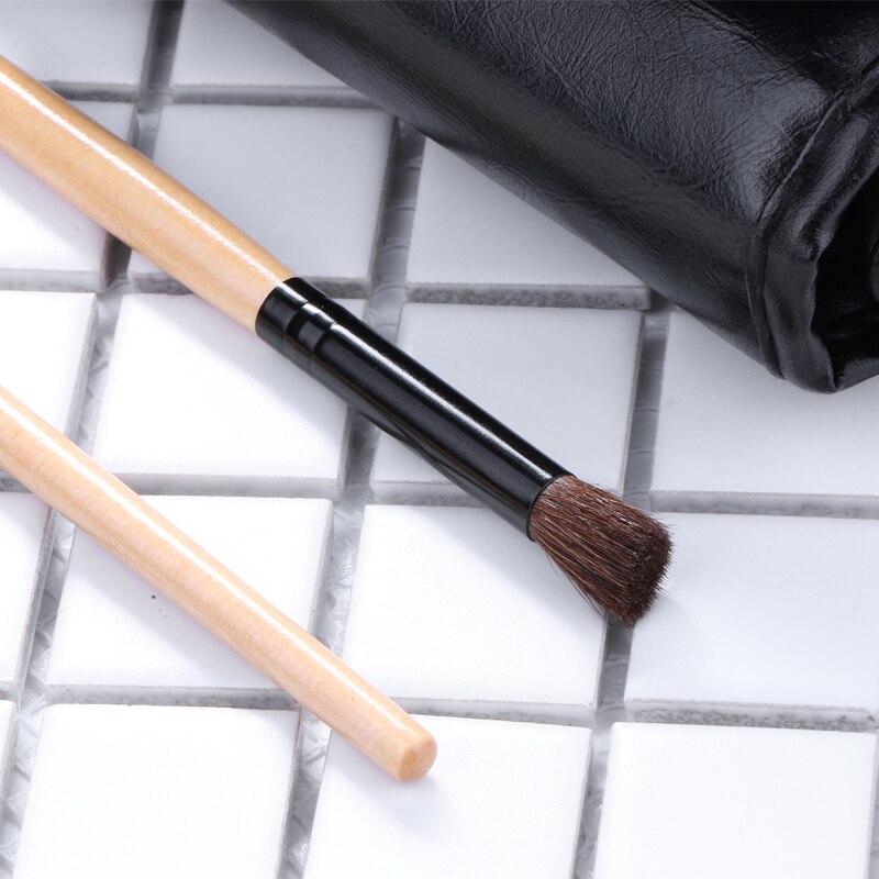 kit com 24 pincéis de maquiagem para