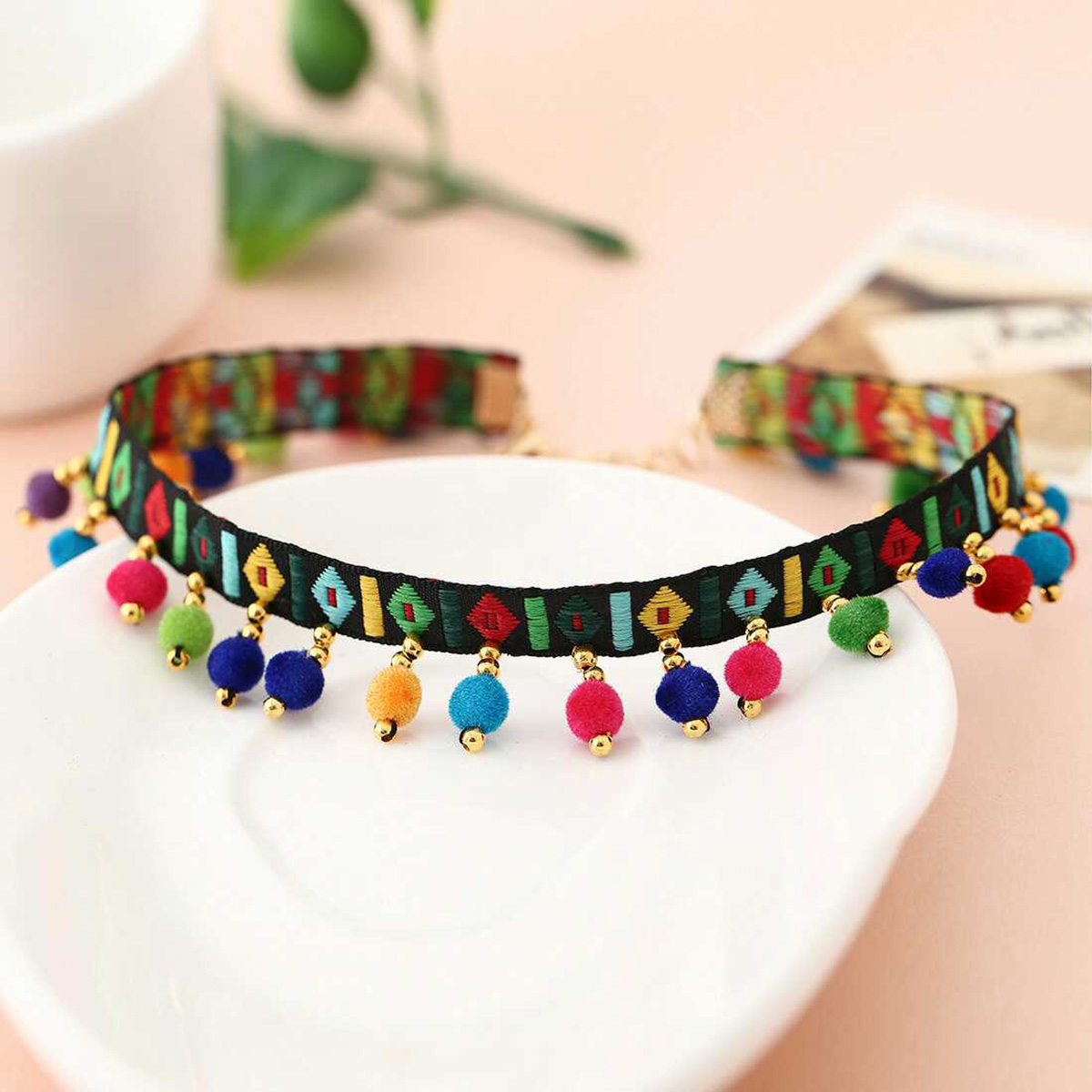 Vintage Ethnic Choker Necklace Handmade Embroidery Tassel Colorful Balls Pendants Necklace Tribe Statement Collares Jewelry