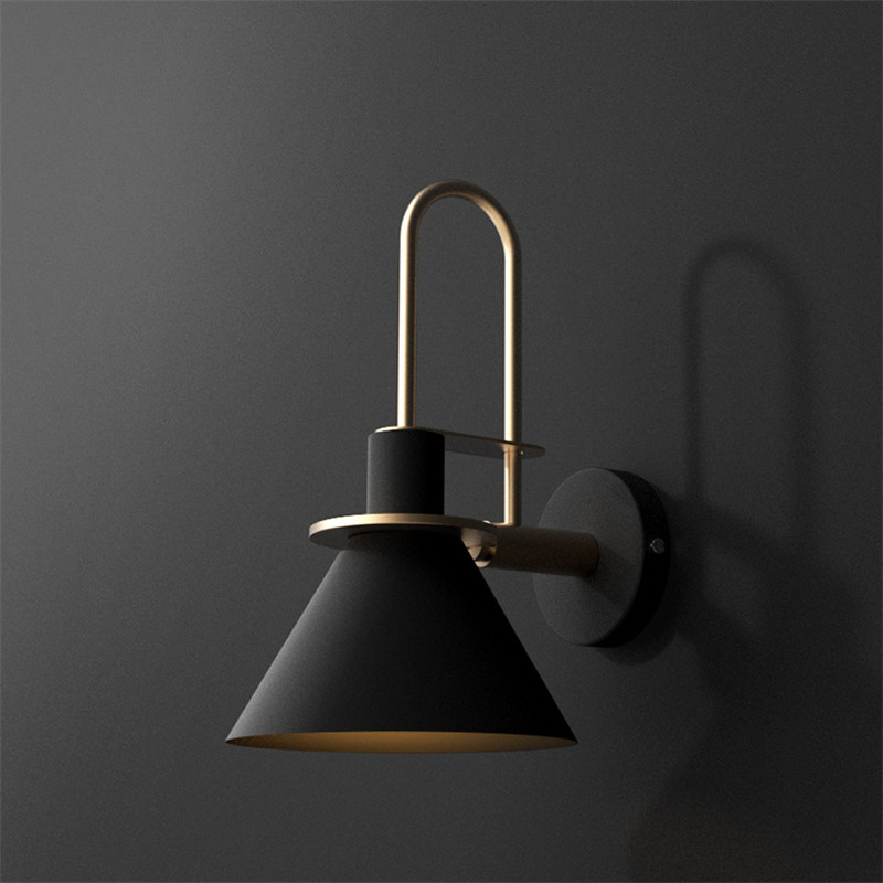 Nordic Simple Modern Wall Sconce Creative Iron Horn LED Wall Light Fixtures For Bedside Wall Lamp Home Indoor Lighting