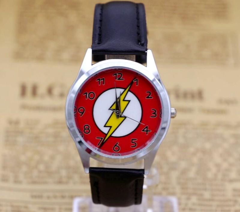 DC Universe The Flash Superhero Leather Band Boy Child Fashion Watch Wrist