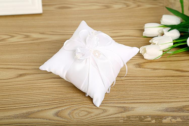 High Quality Square Wedding Ring Pillows Cheap Sale Rhinestone Beaded Ring Pillow Wedding Supplier Favors