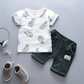 f52561bcf BibiCola niños conjunto de ropa casual de verano de los niños trajes de  estilo traje de algodón t-shrit + Pantalones cortos 2 piezas conjunto de  chándal ...