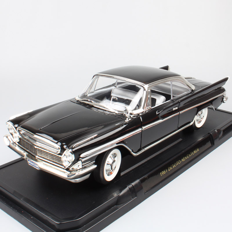 Road Signature 1 18 Big Scale Car 1961 Desoto Adventurer Model Cars Auto Diecasts & Toy Vehicles Miniatures For Kid Boy Toy Gift