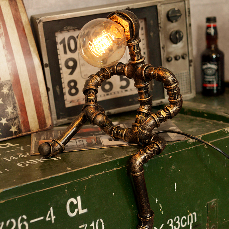 купить Vintage Loft Retro Table Lamp Industrial Iron Water Pipes Desk Lamps Bar Decor Table Light Insects Pattern Desk Lamp Lighting по цене 6527.76 рублей