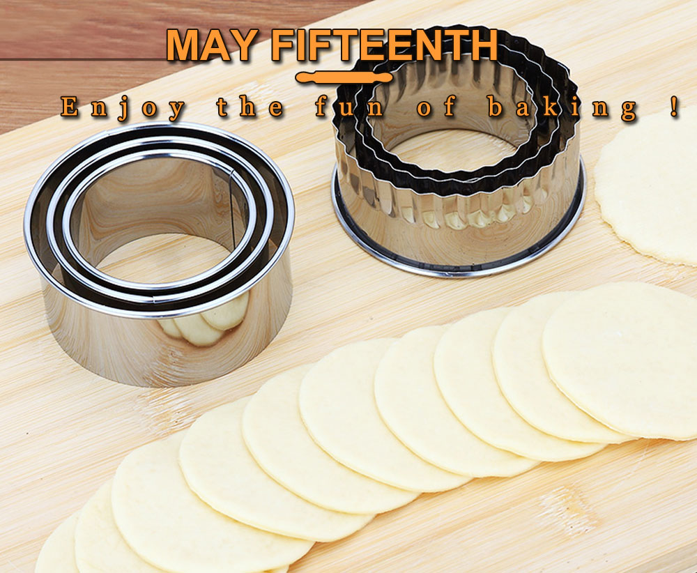Pastry Tools Cookie Dough Press Cutter Pie Ravioli Dumpling Mould Round  Dumplings Mold Maker Stainless Steel ... fbfcf1c5231c
