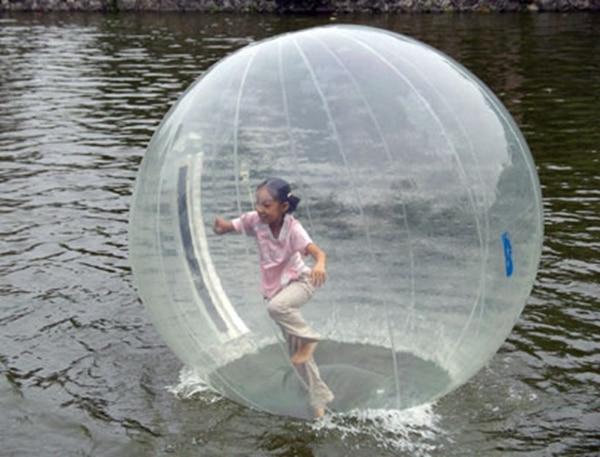 zorb water ball,inflatable water ball tpu 2m,air blower water walking ball