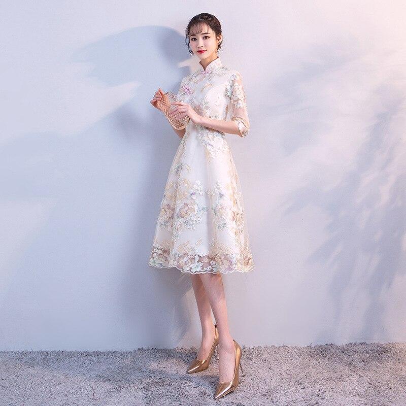 High Fashion Champagne Mandarin Collar Lace Cheongsam Chinese Traditional Embroidery Qipao Elegant Sexy Short Dress Size