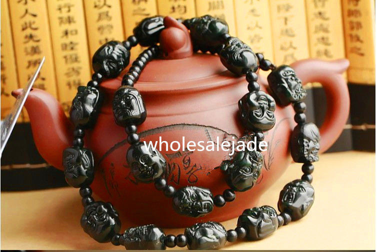 Chinese hand-carved dark green stone necklace eighteen Buddha head , long 68 cmChinese hand-carved dark green stone necklace eighteen Buddha head , long 68 cm