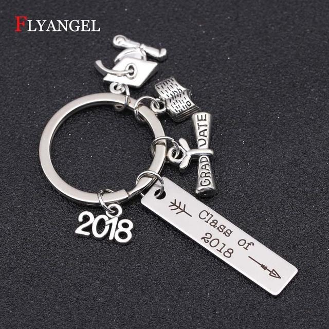 Personalized Class of 2018 Key Chain Graduate Diploma Caps Charm Pendant Keyrings  Women Men High School College Graduation Gift 482e104294