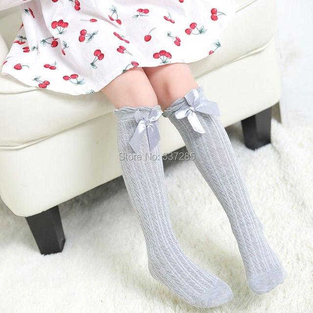 Estate nuove ragazze di disegno per bambini sopra il Ginocchio Calze Traspirante lovely Bow tie sezione Sottile calzini per le ragazze del bambino di modo bambino 1
