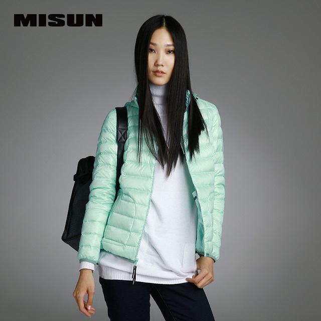 Misun 2016 abajo cubre con una capucha delgada del diseño corto femenino abajo prendas de abrigo