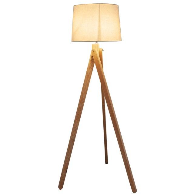 Einfach Nordic Stehlampe Holz Bein Stoff Lampenschirm E27 Wärmen Stehlampe  Wohnzimmer Schlafzimmer Restaurant 3 Beine Holzboden