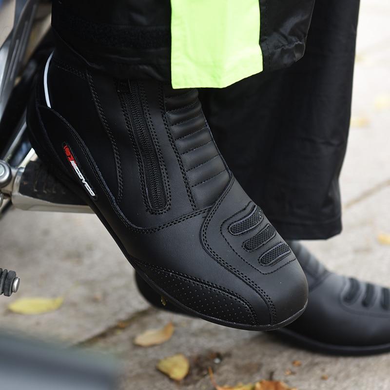 ... SCOYCO MBT002 Moto Racing Leather Motorcycle Boots Shoes Motorbike  Riding sport road SPEED professional botas Men  Kelebihan Sepatu ... 076577412b